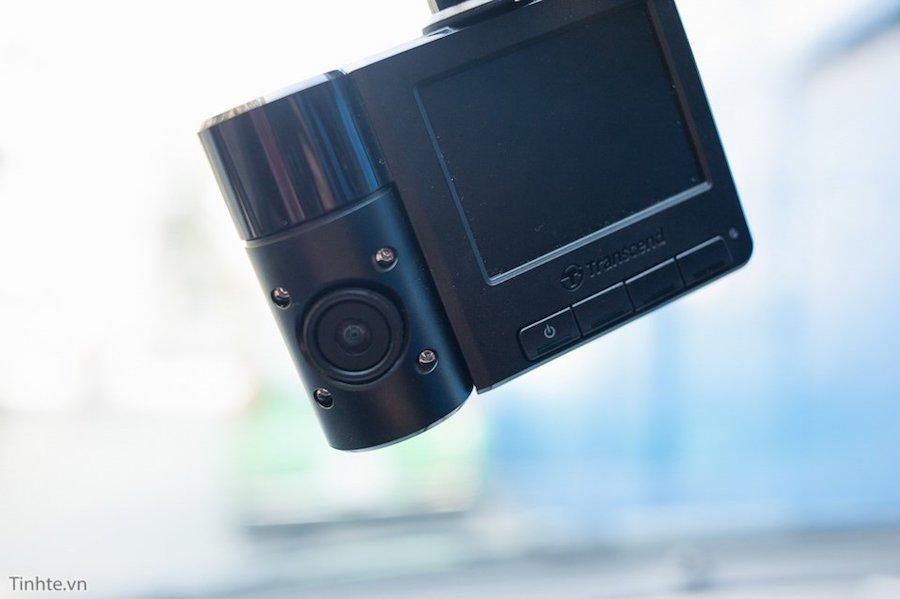 Transcend Drive Pro DP520 sử dụng cổng mini USB để cấp nguồn