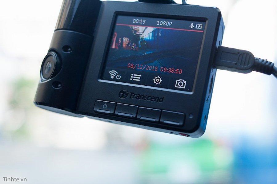 Camera hành trình Transcend Drive Pro DP520 sở hữu 2 camera trước và sau