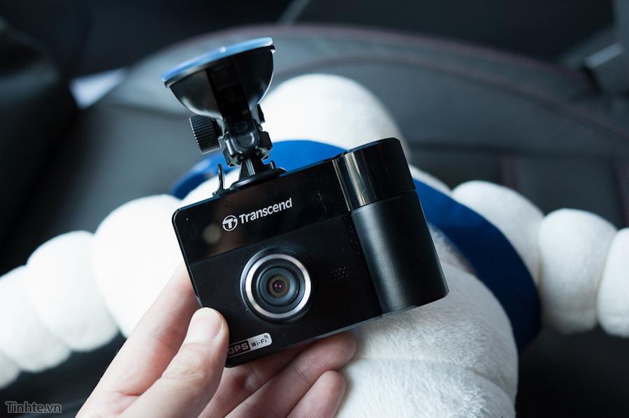 Camera của DP520 có đèn hồng ngoại giúp quay lại cảnh trắng đen rất hiệu quả